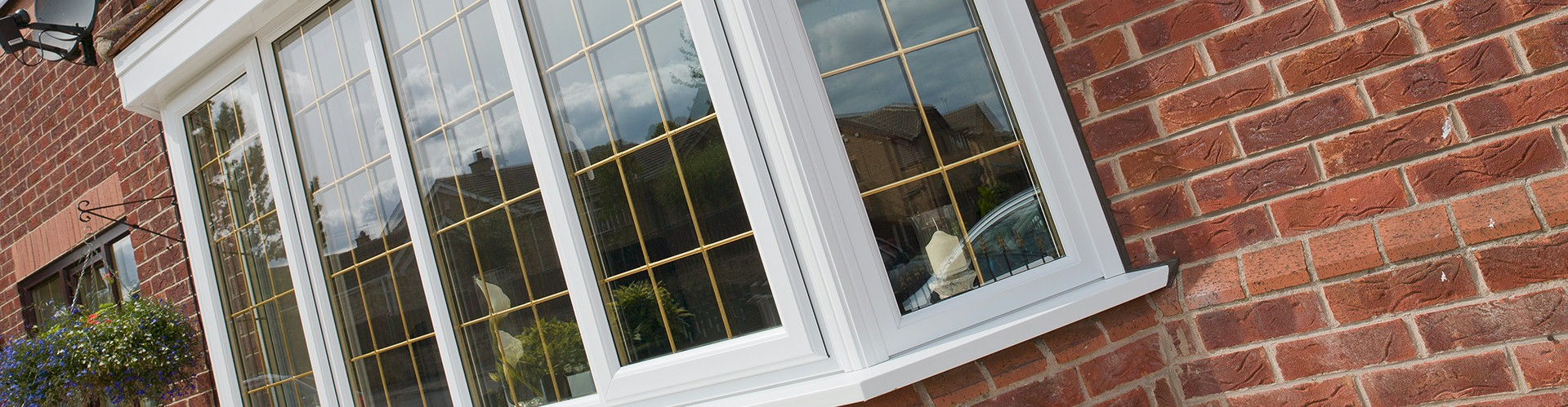Manufacturer of upvc plastic double glazed bow bay for Upvc window manufacturers